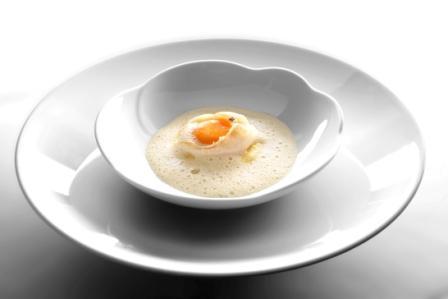 Supions au jaune d'œuf tiède et sauce mignonette