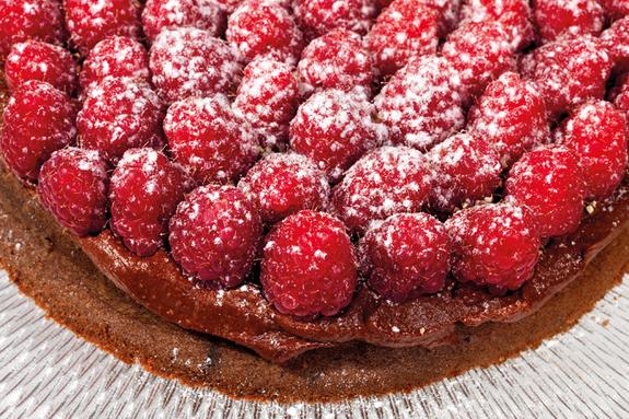 Gâteau au chocolat Guanaja et framboises au poivre Penja